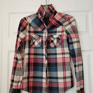BKE Plaid top size Small